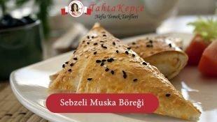 Sebzeli Muska Böreği