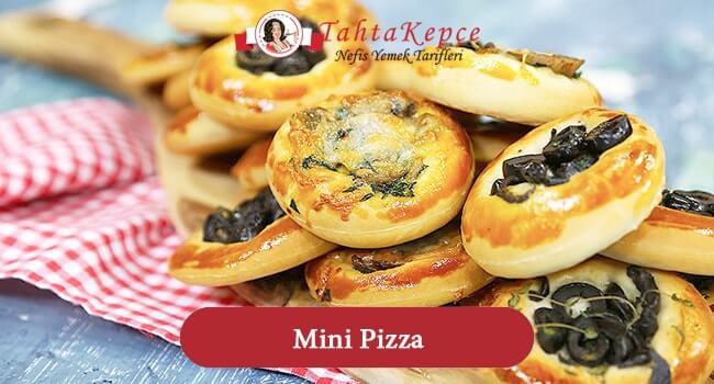 İtalyan Esintisi: Mini Pizza