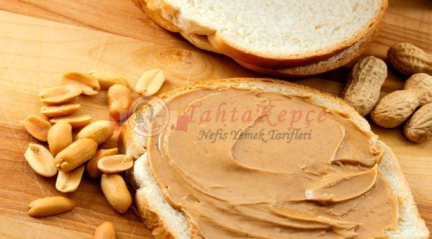 fıstık ezmeli ekmek