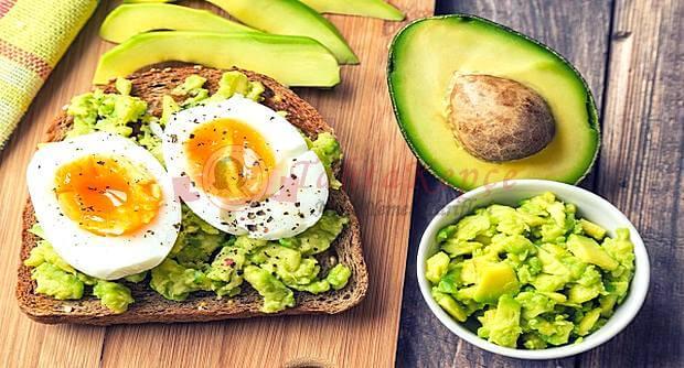 kızarmış ekmek üstü yumurta