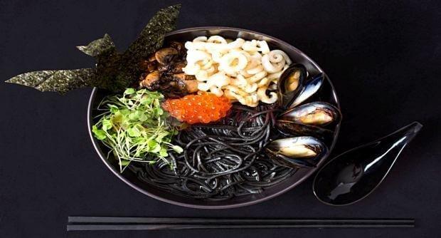 siyah spagetti