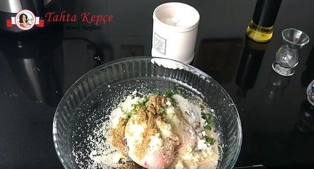 ev-yapimi-tavukburger-asama-2