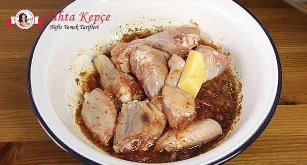 soslu-tavuk-kanat-asama-2